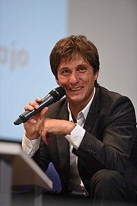 Gustavo Barros Schelotto 2014.jpg