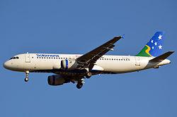 H4-BUS Airbus A320-211 Solomon Airlines (10879012784).jpg