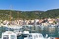 Hafen Komiza auf der Insel Vis in Kroatien (48693530638).jpg