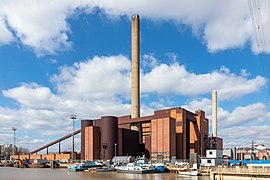Hanasaari B power plant, Helsinki (May 2020).jpg