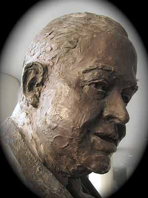 Harold Roe Bartle - Statue (detail) by Felix de Weldon (1980), Bartle Hall Convention Center, Kansas City, Missouri