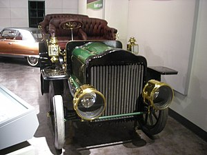 White Motor Company - A 1907 White Model G steam touring car at the Henry Ford Museum.