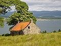 Highland home above Loch Gilp - geograph.org.uk - 880772.jpg