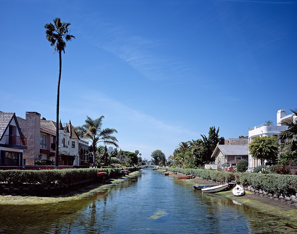 venice canals beautiful waterway los angeles