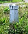 Historische kilometerpaal 19 langs de Delftse Vliet in Rijswijk.jpg