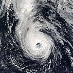 Uragana Epsilono 4 Dec 2005.jpg