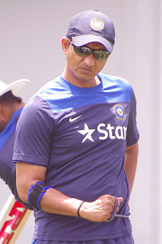Sanjay Bangar - Image: Indian Cricket team training SCG 2015 (16005493848)