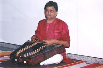 Santoor - Indian santoor musician