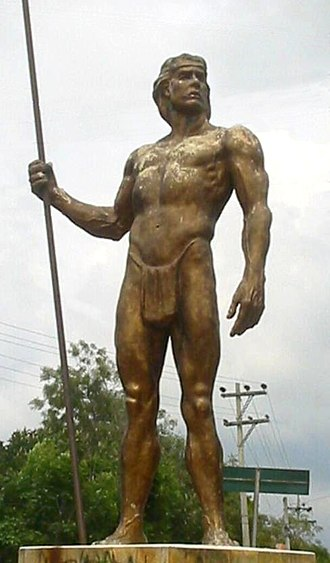 Pan-American Highway - Sculpture of a native man standing at the entrance of Fusagasugá, Colombia, over the Highway 40.