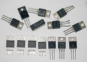 English: Several assorted integrated circuit c...