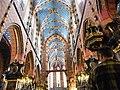 "Interno Basilika Mariacka - Piazza centrale medioevale ""Rynek Glòwny"" - panoramio (1).jpg"