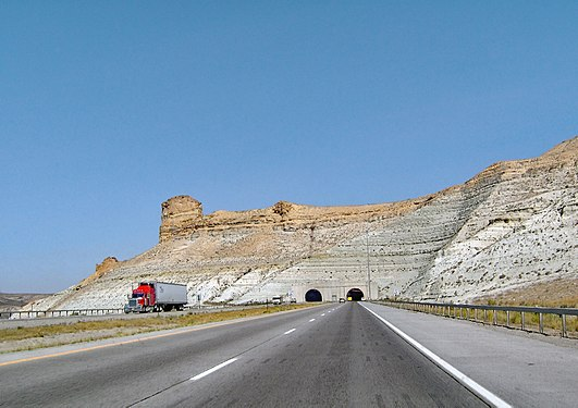 Interstate 80 - Wyoming, USA.jpg