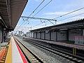 JR-Awaji Station Platform-2.jpg