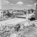 Jeruzalem. Wegversperringen in de Propheet Samuelstraat, op de grens tussen Jord, Bestanddeelnr 255-0327.jpg