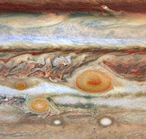 La gigantesca macchia rossa di Giove