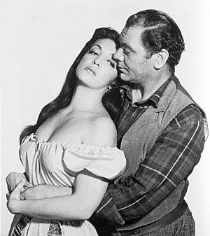 The Badlanders - Scnee with Katy Jurado und Ernest Borgnine