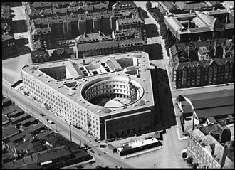 Nordic Classicism - Copenhagen Police Headquarters (1924) by Hack Kampmann.