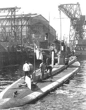 SM U-8 - Note the upper rudder on the deck