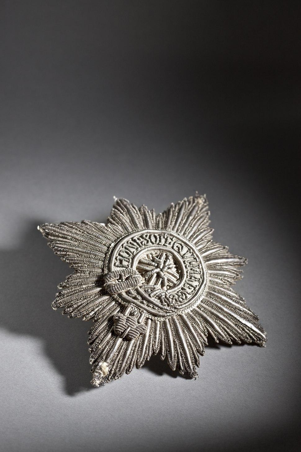 Karl XIs ordensstjärna för riddare av Strumpebandsorden, 1668 - Livrustkammaren - 108770