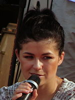 "Katarzyna Cichopek during IV Meeting Of Fans of the TV Series ""M jak miłość"" in Gdynia 2010 - 18.jpg"