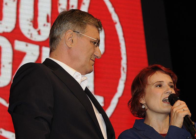 Datei:Katja Kipping Bernd Riexinger Die Linke Wahlparty 2013 (DerHexer) 02.jpg