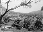 Kembla Saddle, Illawarra (2468853169).jpg