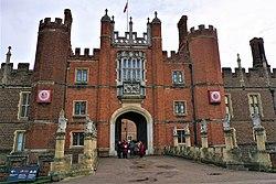 King's Beasts - Hampton Court Palace - Joy of Museums.jpg
