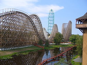 El Toro (Six Flags Great Adventure) - El Toro, with Kingda Ka and Rolling Thunder in the background