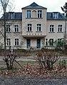 Klein Glienicke - Waldmüllerstraße 3, ehemaliger Dorfkonsum.jpg