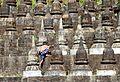 Koe Thaung-Mrauk U-12-Kletterer-gje.jpg
