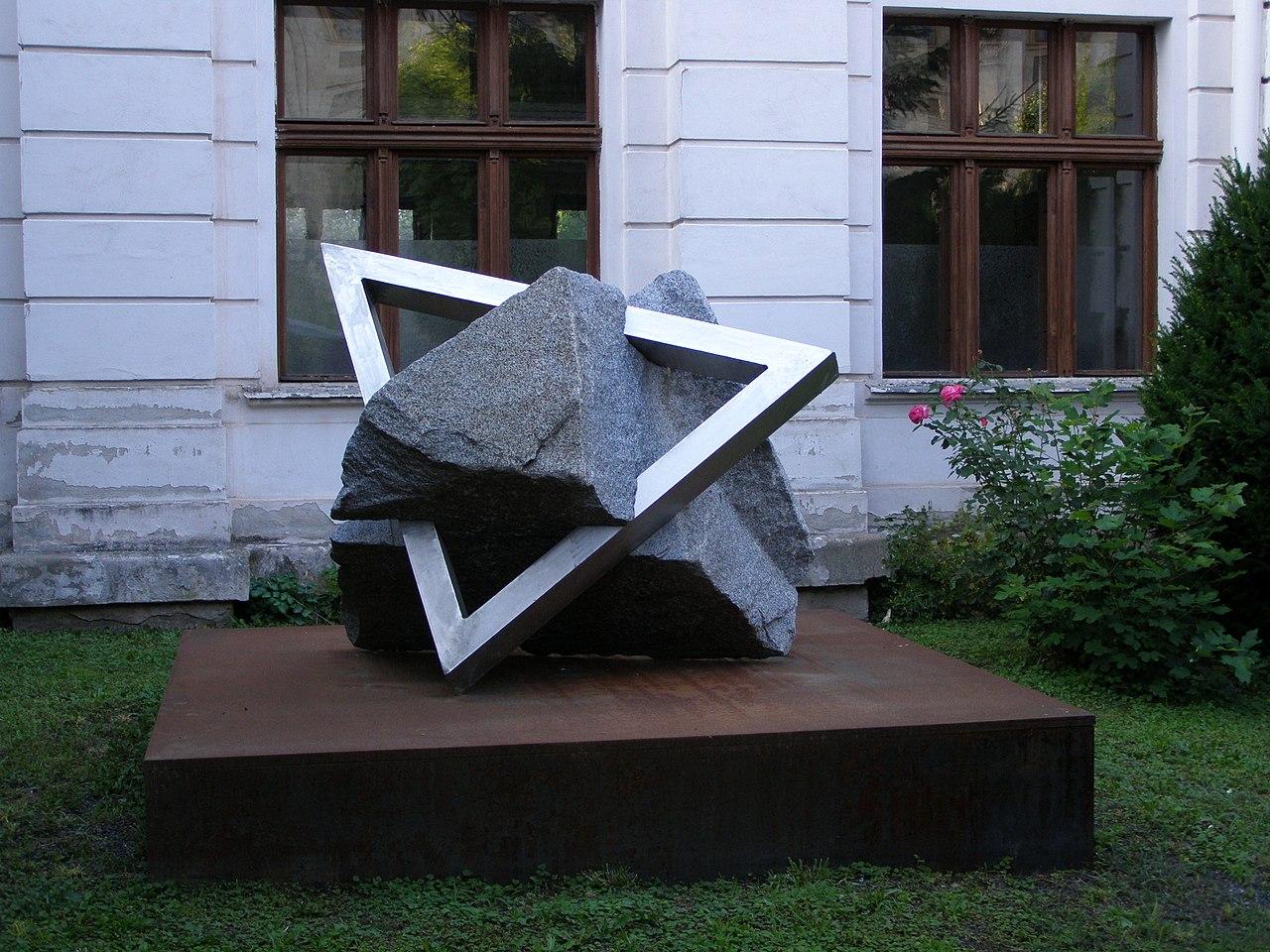 Kutná Hora, Vnitřní Město, Smíškova, synagoga, památník 01.jpg