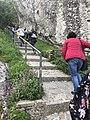 La strada verso il castello di Pietrapertosa 3.jpg