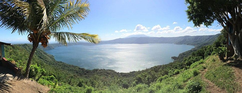 LagunaApoyo