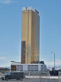 Las Vegas Trump Tower P4220699.jpg