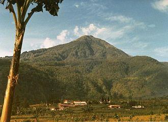 Mount Lawu - Image: Lawu