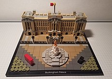 Lego Architecture 21029 Buckingham Palace.jpg