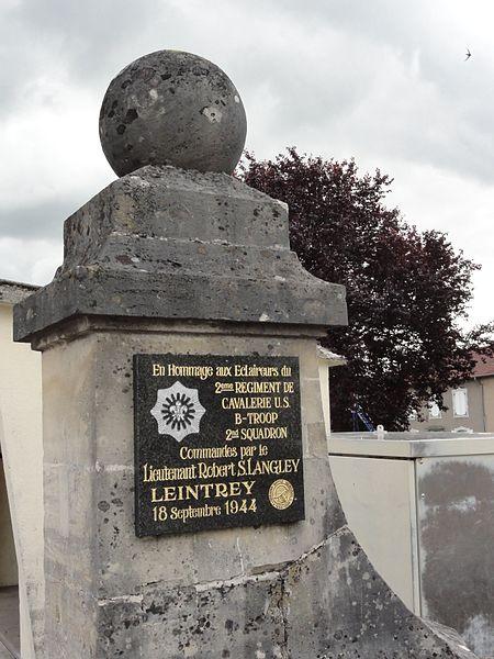 Leintrey (M-et-M) memorial de guerre, éclaireurs