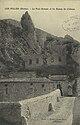 Les Pilles (Drôme) - Le pont romain et les ruines du château (33726926734).jpg