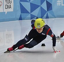 Lillehammer 2016 - Short track 1000m - Women Semifinals - Jiyoo Kim, Suyoun Lee and Yize Zang 1 (cropped).jpg