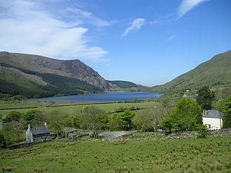 Llyn Cwellyn - Llyn Cwellyn viewed from the Welsh Highland Railway