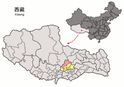 Location of Damxung County (red) within Lhasa City (yellow) and the Tibet Autonomous Region