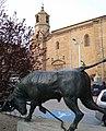 Lodosa - Monumento al Toro con soga 2.jpg