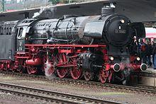 Lok 01 1066 in Koblenz (2010-04-03 46).jpg