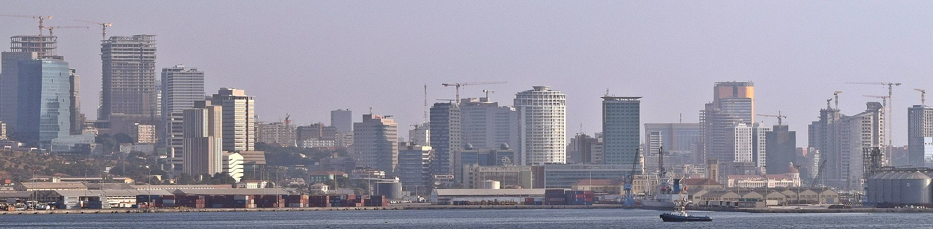 Luanda Bay 5 - panoramio (cropped).jpg
