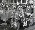 Lucy Schell victorieuse de l'épreuve de vitesse et de la côte de Poughes, au Rallye Paris - Saint-Raphaël Féminin 1936.jpg