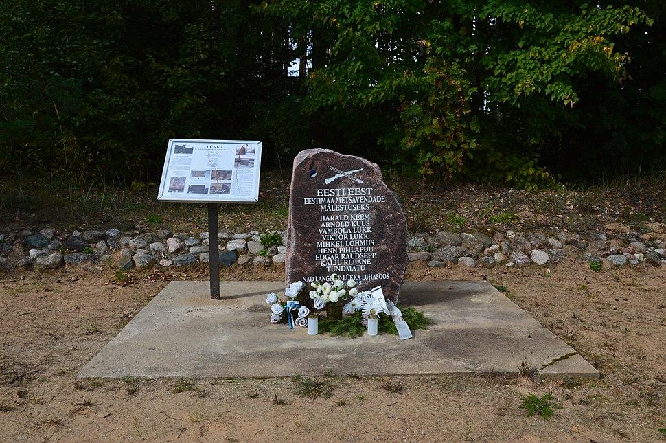 Mälestuskivi Lükka punkrilahingus langenud metsavendadele (2013)
