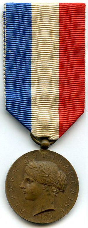 Honour medal for courage and devotion - Bronze level 3rd Republic variant between 1871 and 1899