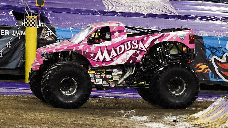 File:Madusa Monster Truck 2014.jpg
