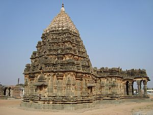 Mahadeva Temple, Itagi - Profile of Mahadeva Temple at Itagi (or Ittagi) in the Koppal district, Karnataka