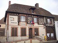 Mairie Chennebrun.JPG
